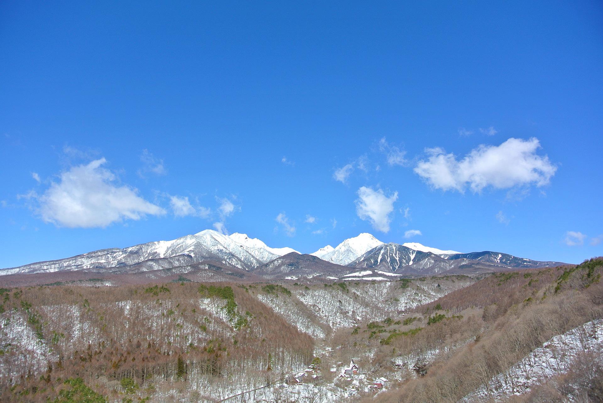 冬の八ヶ岳、山梨県北杜市清里高原